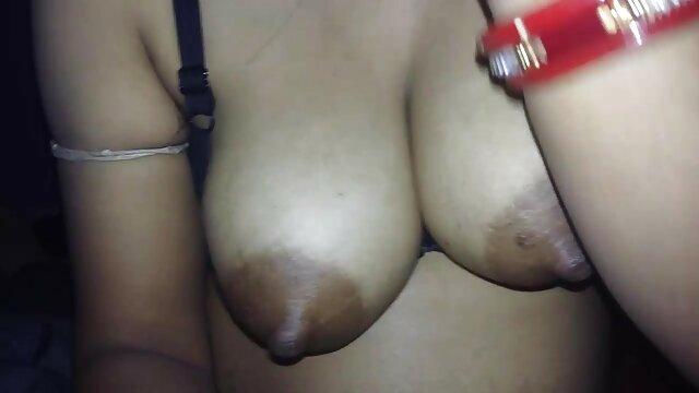 4 ஆசிய englishxxxvideos பாபில்ஸ் ஒரு பெரிய டிக் மீது குதிக்கிறது