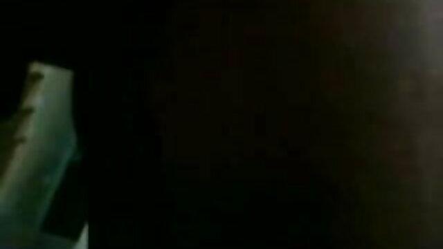 பிரபலமான ஜாவ் சிலை பதின்ம வயதினரை ஆங்கிலம் hd, கவர்ச்சி படம் பணிப்பெண் காஸ்ப்ளே உடையணிந்த ஒரு அதிர்ஷ்டசாலி பையன்