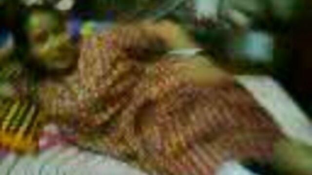 பெண் நீல தமிழ் செக்ஸ்