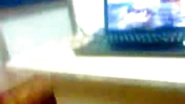 போலி டாக்ஸி ரஷ்ய குறுகிய முடி பச்சை குத்தப்பட்ட கவர்ச்சியாக தமிழ் படம் மாமியின் அணில் பொன்னிற மில்ஃப் செக்ஸ்