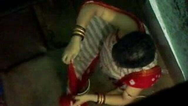 கிளாரி ராபின்ஸ் bp படம், கவர்ச்சி ஆங்கிலம்