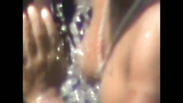 டென்னிஸ் பயிற்சியாளருக்கு 2 லத்தீன் xxx ஆங்கிலம் film நக்கிய முட்டைகள் கிடைக்கின்றன