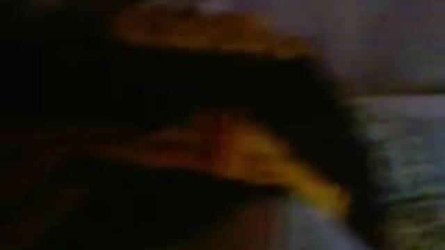 பஸ்டி அலிசன் டைலர் ஒரு நல்ல ஆங்கிலம் bp, கவர்ச்சி படம் ஃபக் பெறுகிறார்