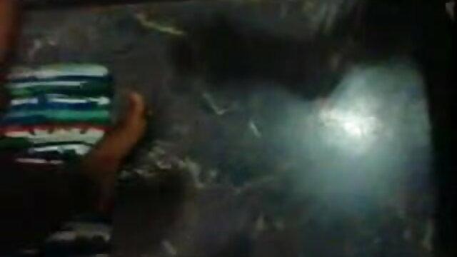 அம்மா தனது மகன் மற்றும் மகன் ஆங்கிலம் film நீல செக்ஸ் எல்.