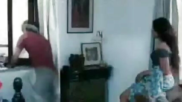 பெருக்கி வளைவு கருங்காலி லீலா தமிழ் செக்ஸ் படங்கள் ஜூசி புண்டை தேய்க்கிறது