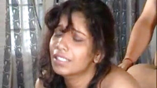 மாலதி ஒரு ஹார்ட்கோர் ஹாலோவீன் தமிழ் பெண்கள் செக்ஸ் ஃபக் பெறுகிறார்