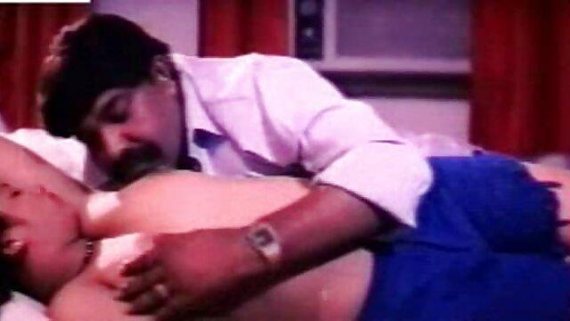 மசாஜ் போது மில்ஃப் கஷ்டப்படுகிறார் xxx தமிழ் நீல படம்