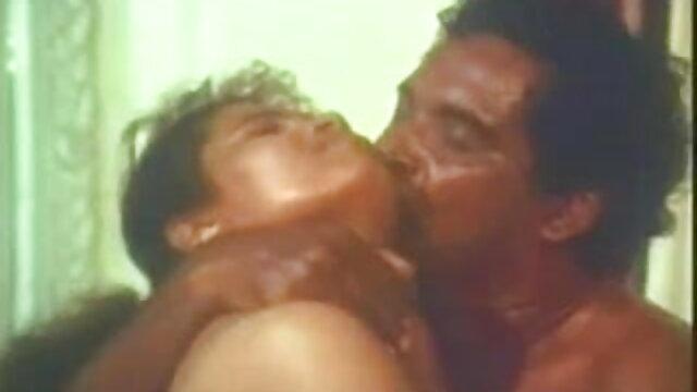 கம்ஷாட்டில் ஹன்னா ஃபக்ஸ் 3x தமிழ் நீல படம்