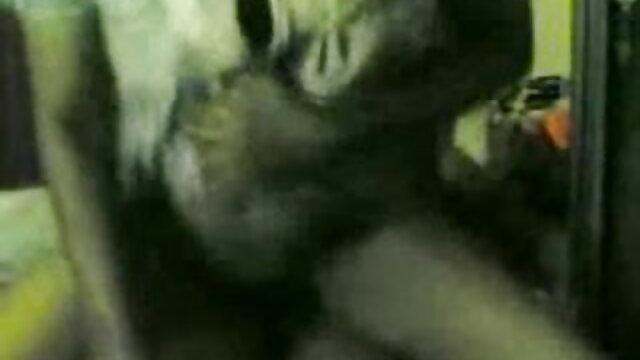 ஸ்கார்லெட் முனிவர் அலெக்சா கிரேஸ் மூன்றுபேர் வெளியில் செக்ஸ் நீல ஆங்கிலம்