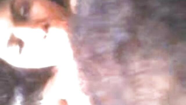 போர்ன்ஸ்டார் எக்ஸ்ட்ரீம் நீல படம் மாமியின் ஆங்கிலம் தொண்டை ஃபக்