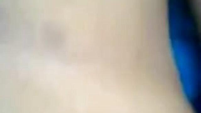 ஹங்கேரிய கார்மென் தமிழ் செக்ஸ் படம் ஆங்கிலம் sex படம் நாகி முகங்களைப் பெறுகிறார்