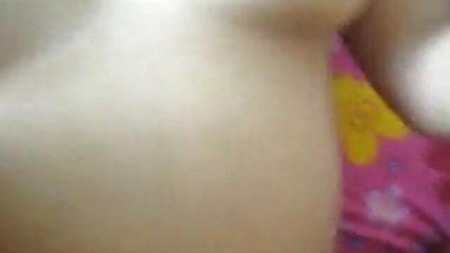 இளம் ஆபாச நட்சத்திரம் ஆங்கிலம் மாமியின் கவர்ச்சி முழு hd கழுதை நக்கி