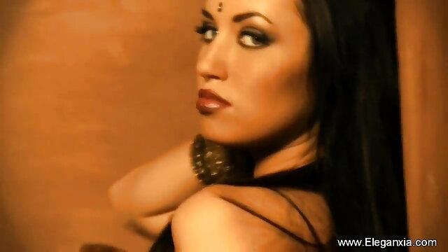 டிக்லிங் ஃபெட்டிஷ் மாடல் ஆங்கிலம் sex ஆங்கிலம் sex மேகன் ஜோன்ஸ்