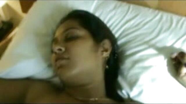 லெஸ்பியன் அனல் செக்ஸ் - xxx ஆங்கிலம் film ஹார்னி பேப்ஸ் மற்றும் விக்டோரியாவுக்கு பட் பிளக்ஸ் கலோர்