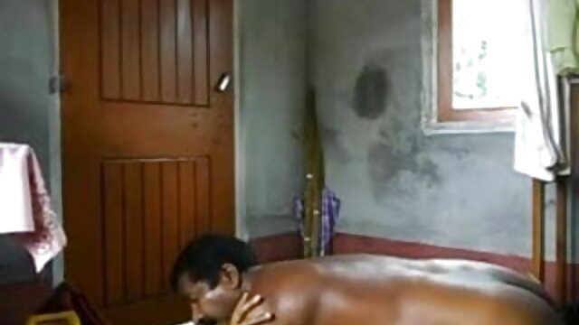 லெஸ்போ லிசுன் நினா கெய் ஸ்ட்ராபன் மிஸ்ஸி மார்டினெஸைப் பிடிக்கிறார்! ஆங்கிலம்-ஆங்கிலம்sex