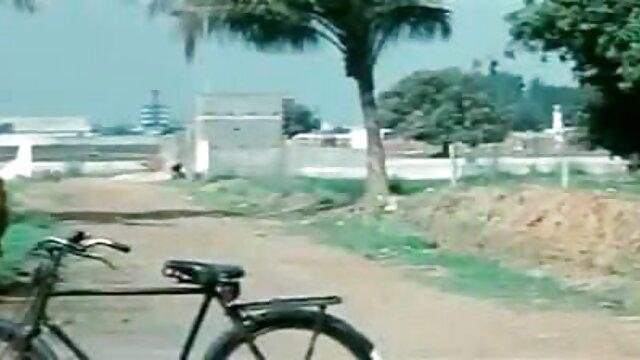 வளர்ப்பு சகோதரி எல்லாவற்றையும் பெறுவார்! ஆங்கிலம் bp செக்ஸ்