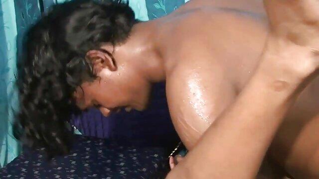 நீக்ரோ ஜெசபெல் குதத்திற்கு தயாராக உள்ளது கவர்ச்சி ஆங்கிலம் bp